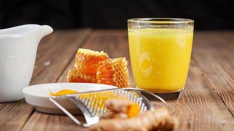uống nghệ mật ong