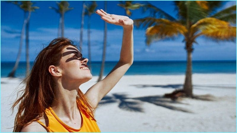 chống nắng và dưỡng ẩm cho da