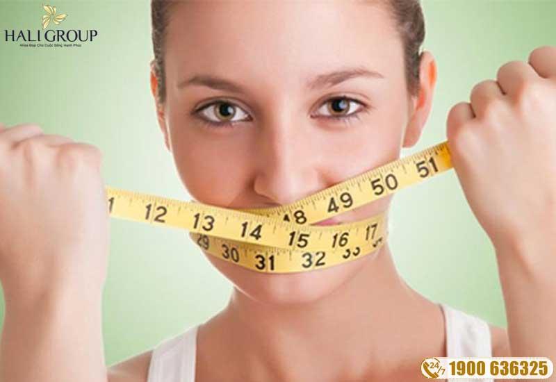 không nên nhịn ăn khi ăn kiêng